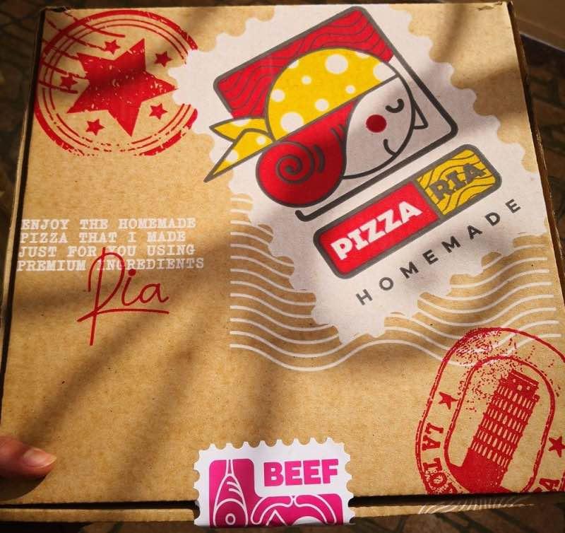 Branding de Pizza Ria